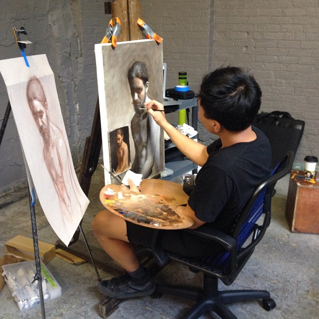Curiosities-Our-Bucket-Lists-7-Best-Places-For-Art-Lovers-LIC-Grand-Central-Atelier-Working.jpg