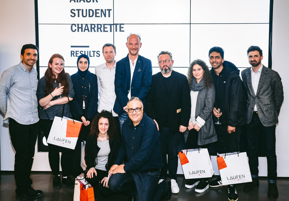The winning team from the University of Westminster, with mentors Jörg Matthaei and Katharine Storr, and jury, Stephen Gage, Carsten Hanssen and Patrick Lynch, and David Bromell and Ilker Hussein from sponsors Roca and Laufen.