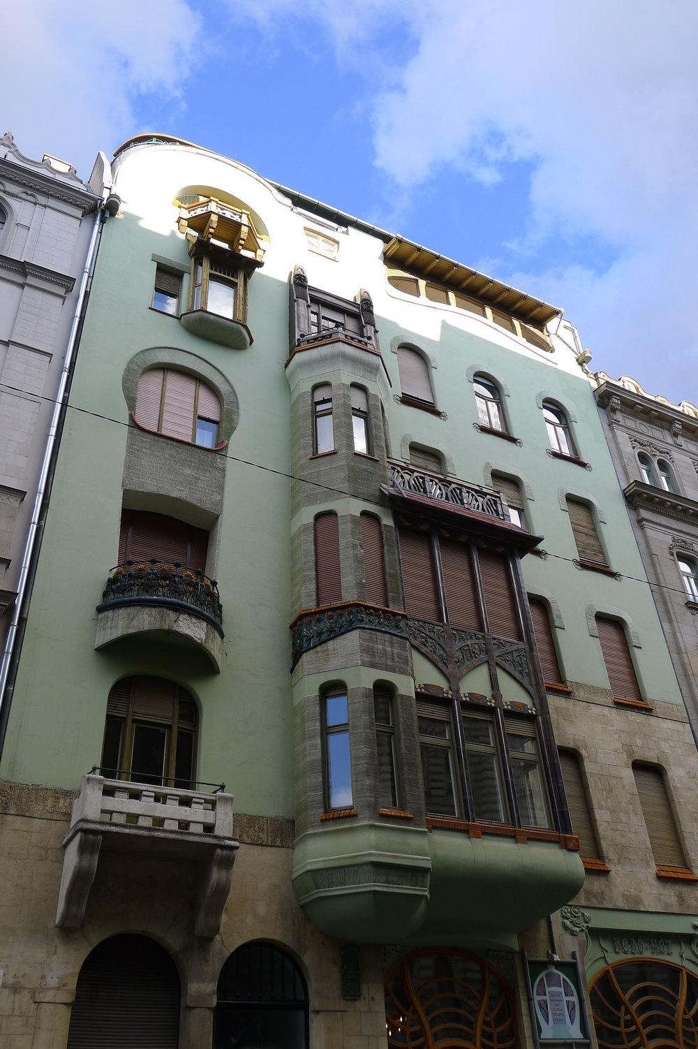 BEDO HAZ – Art Nouveau Building, Budapest