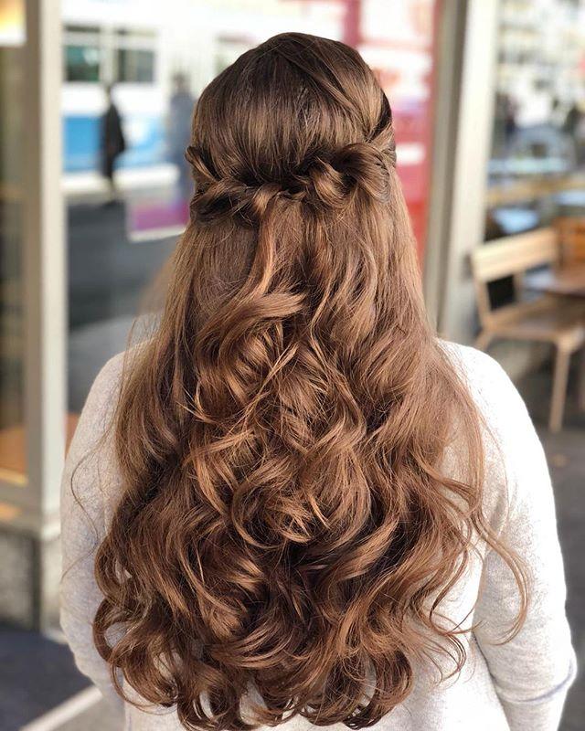 Spring Hairstyle 🌺🌷 Willkommen Frühling ☀️ #frühlingsgefühle #frühlingsgefühle #springhairstylist #hairstyles #coiffeurzuerich #vanitytheartofbeauty #vanityzuerich #zurich #switzerland