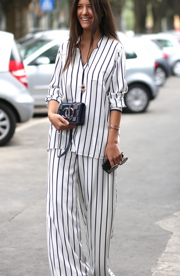 Pyjama-Loungewear-as-Day-Wear-Street-Style-Chic-Looks-29.jpg