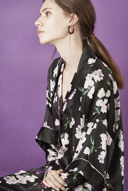 Violet & Wren Vita Collection Ebony Tulip Kimono and Pyjamas
