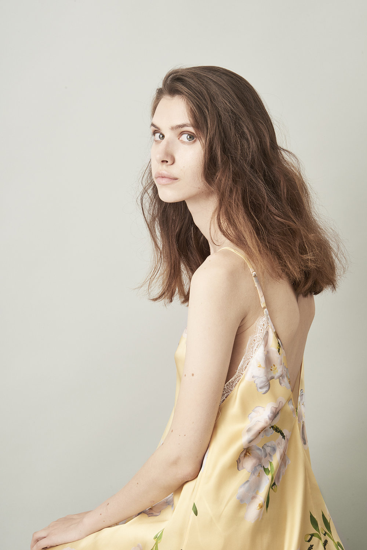 Violet & Wren Vita Collection Sundrenched Tulip Slip dress