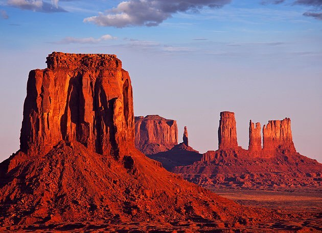 Heading to the desert tomorrow. Does anyone know of any stockists we can visit in the Phoenix area, Joshua Tree/Palm Springs, or LA? Image of Monument Valley from utah.com