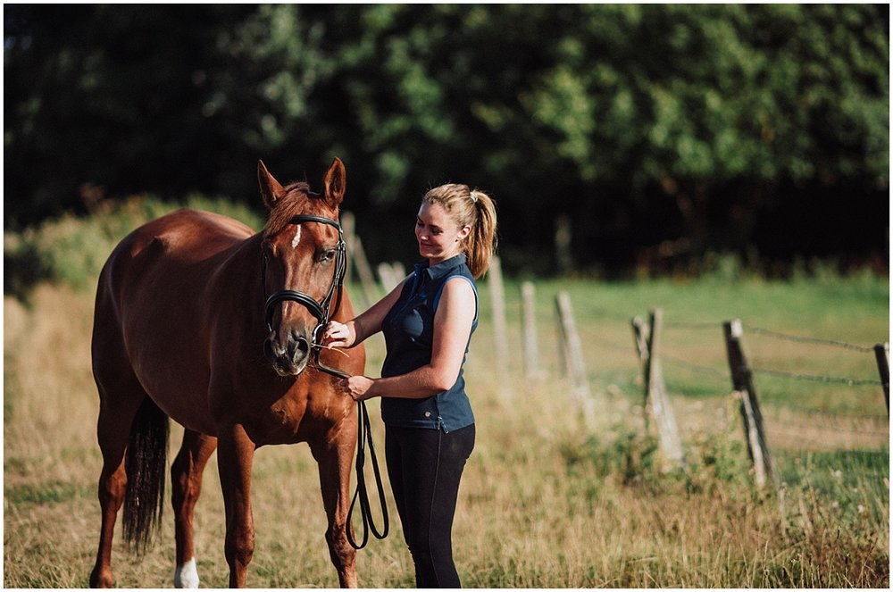 equine photographer in surrey