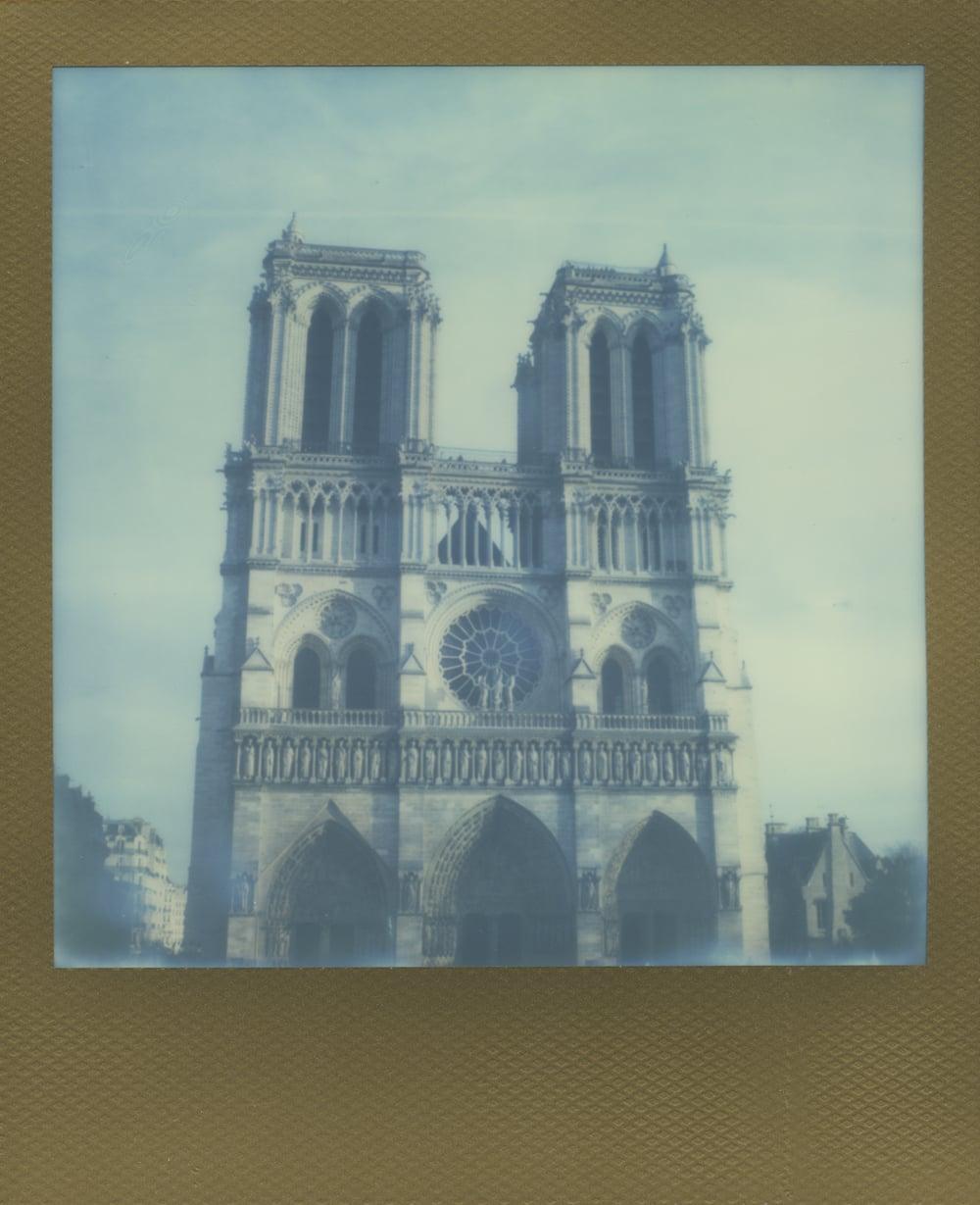 ParisPola2054.jpg