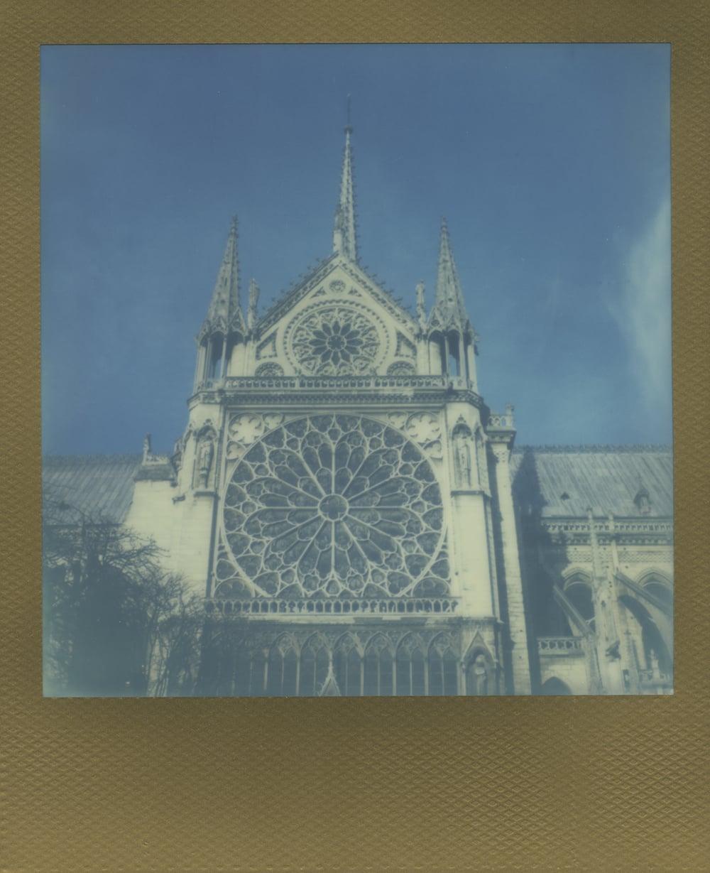 ParisPola2068.jpg