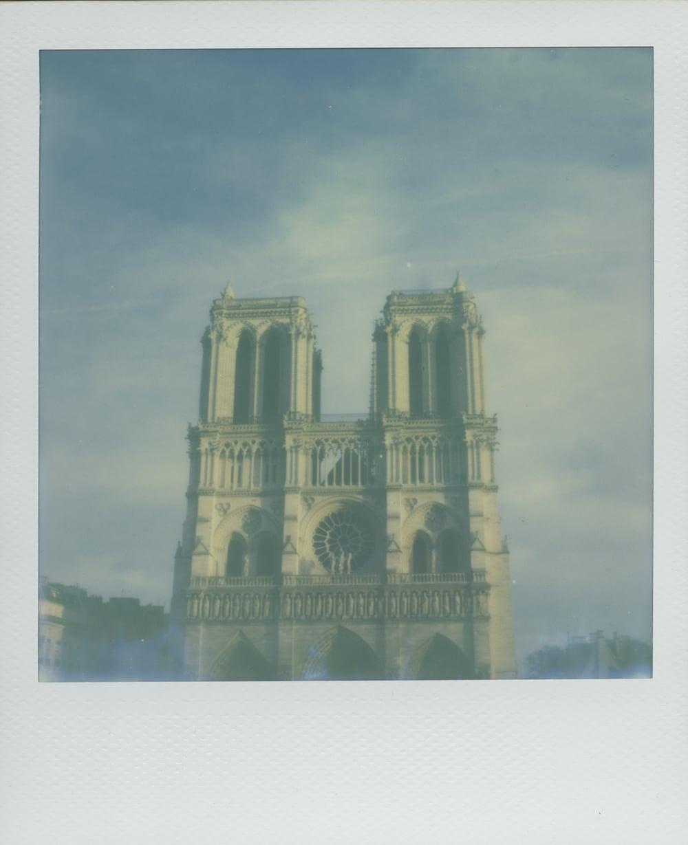 ParisPola2075.jpg