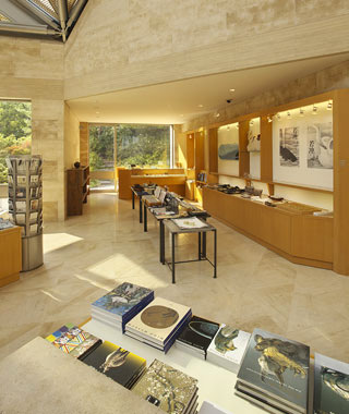 worlds-cooloest-museum-bookshops.jpg