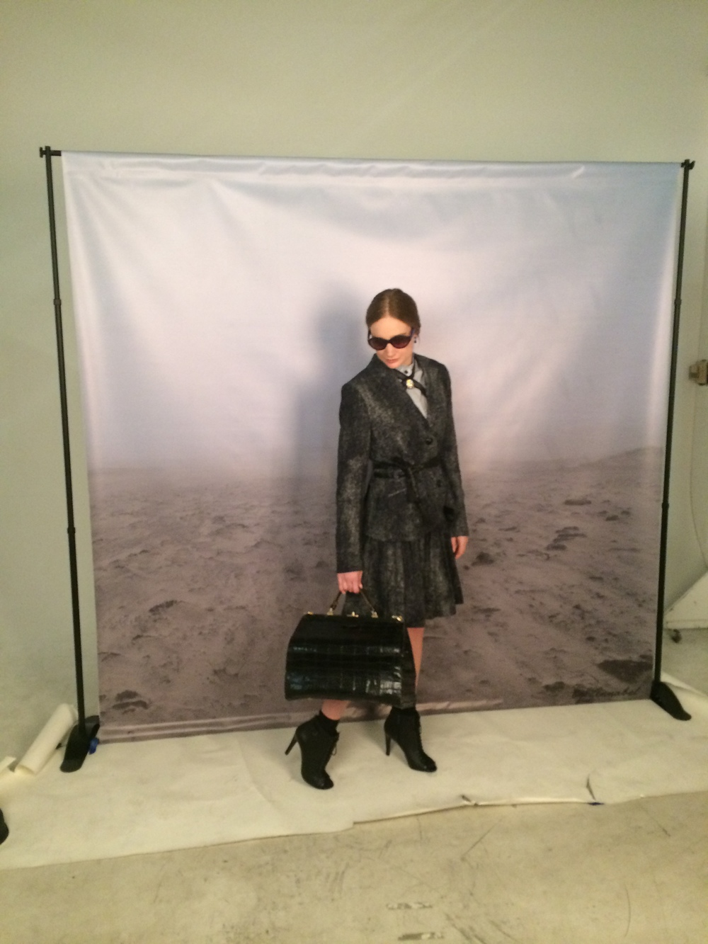 look 1: the arrival