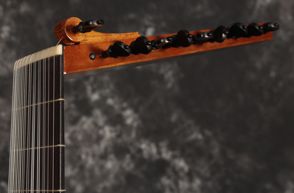 Baroque Lute 1- Head 2.jpg