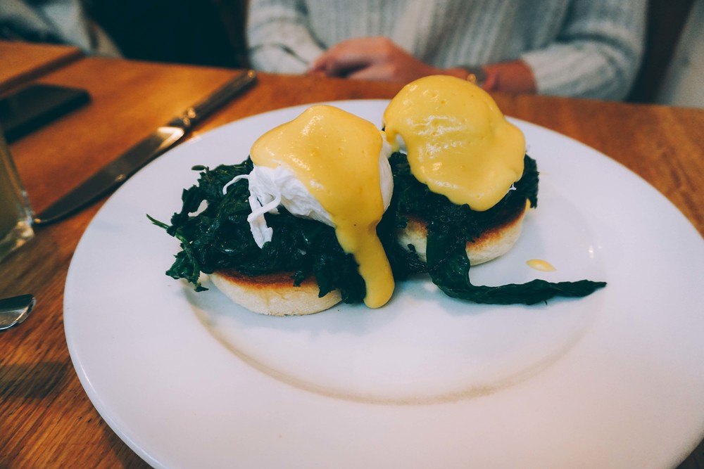Tom's Kitchen, Chelsea. Eggs Benedict.