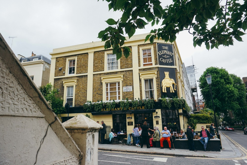 Elephant & Castle pub in Kensington
