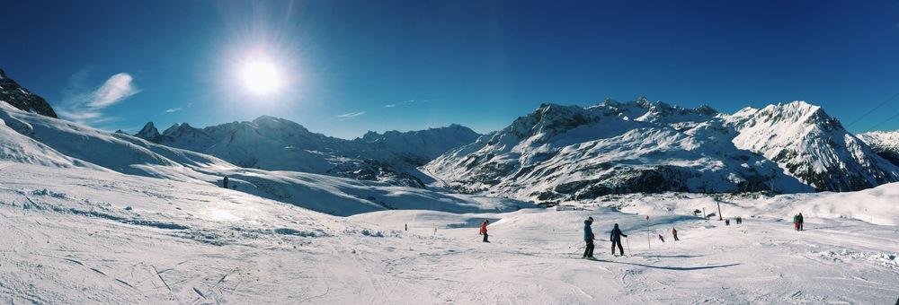 Lech, Skiing