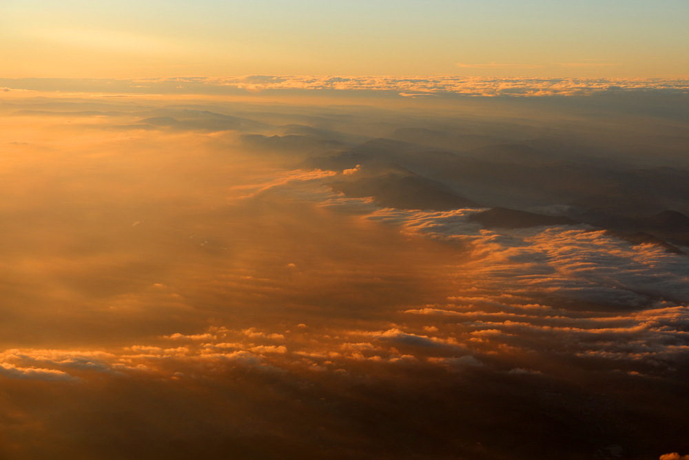 33,000' over the Swiss Alps