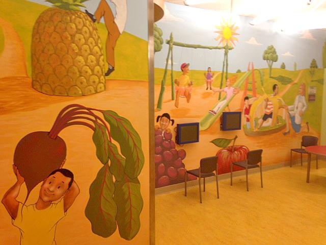 cnmc-diabetes-healthy-beet-mural.jpg
