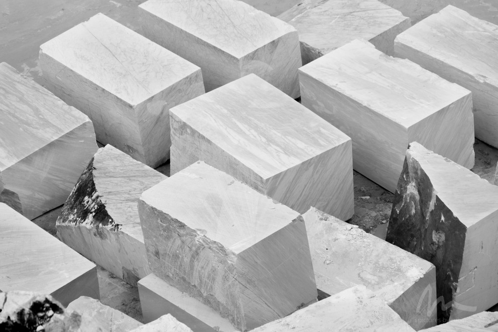 40-Ton Blocks, Carrara