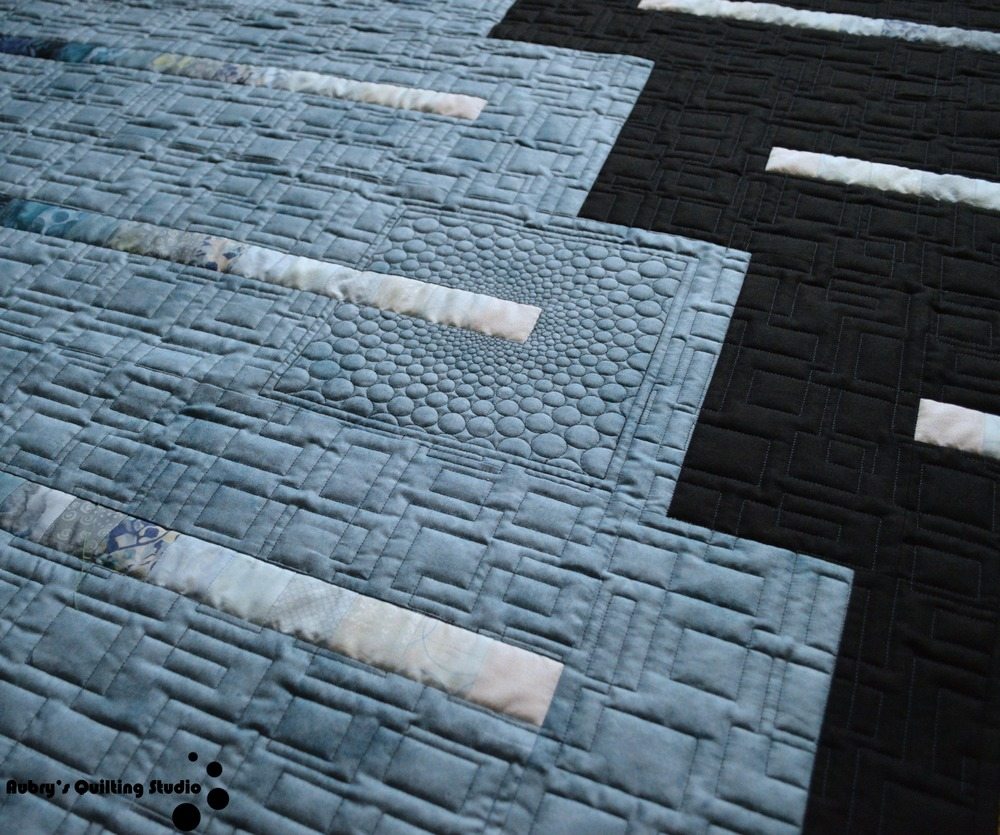 Black to Blue Quilt | Aubry's Quilting Studio