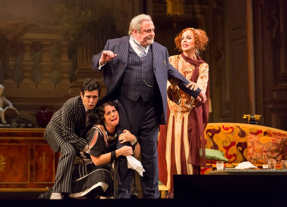 02_William_Burden_Renee_Fleming_CAPRICCIO_LYR141003_178_cTodd_Rosenberg.jpg