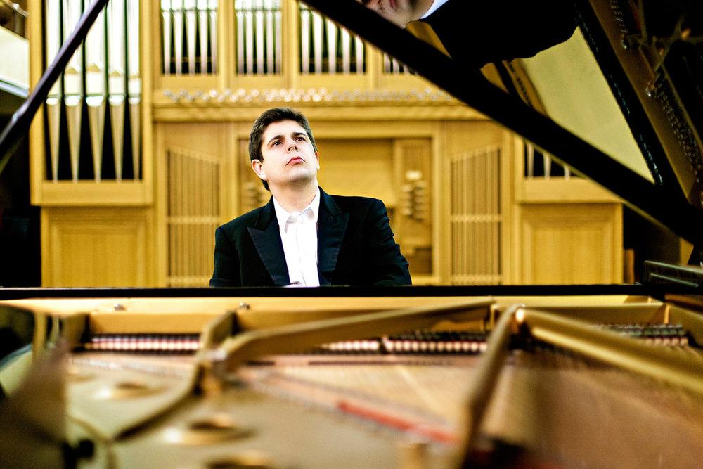 Spanish pianist Javier Perianes