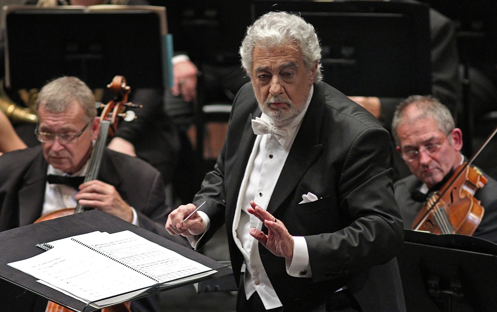 Superstar Tenor Plácido Domingo in Gala Concert with Young Artists ...