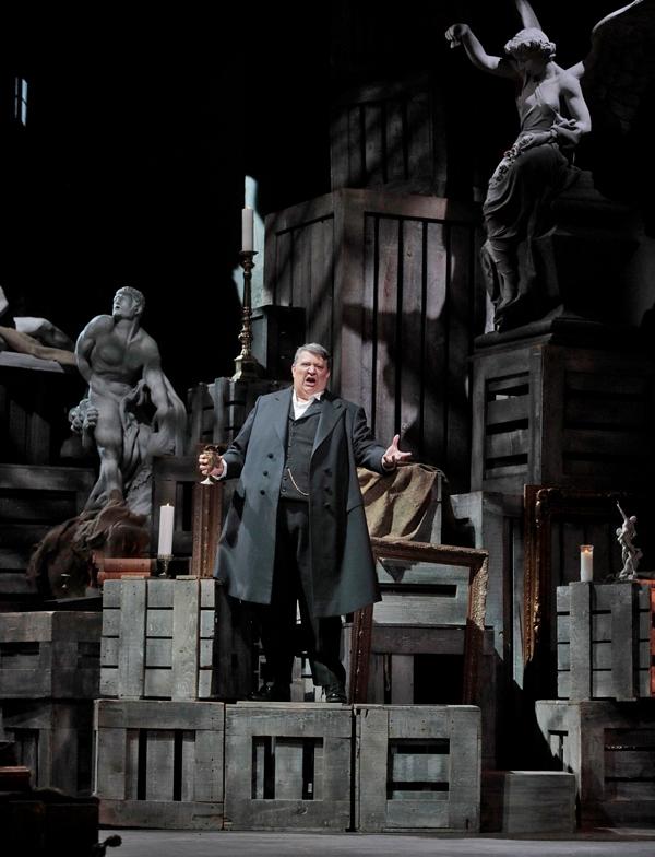Baritone Ambroglio Maestri as Scarpia