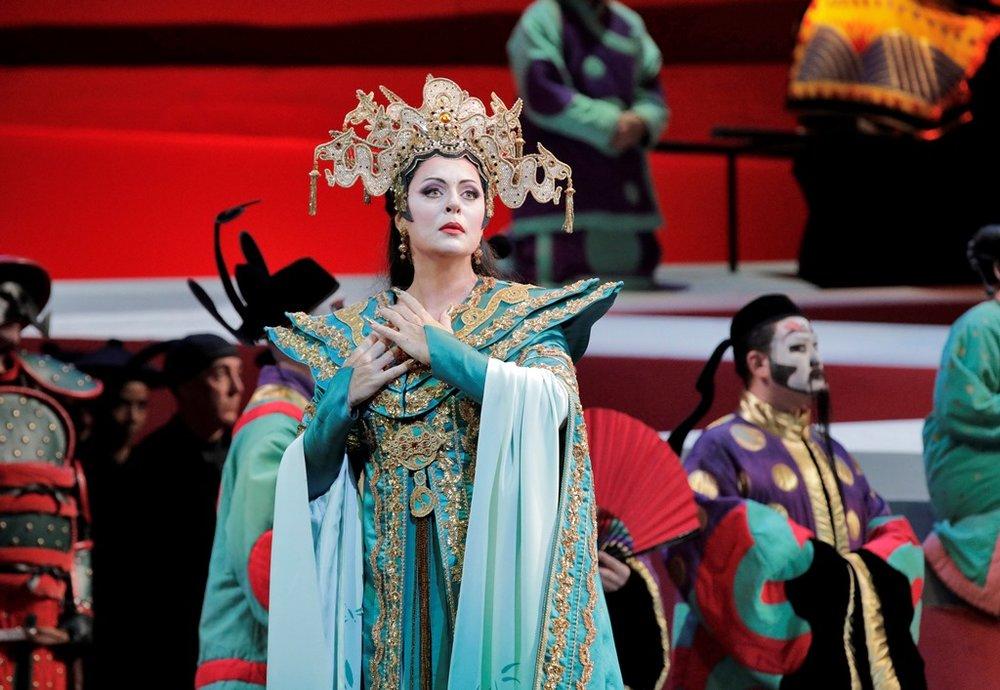 Soprano Martina Serafin as Turandot