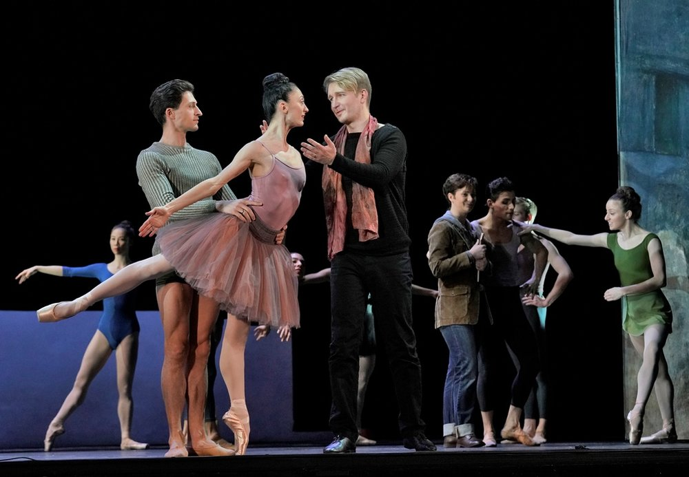 Tenor Maxim Mironov (in black) as Orpheus, with Temur Suluashvili and Victoria Jaiani from the Joffrey Ballet