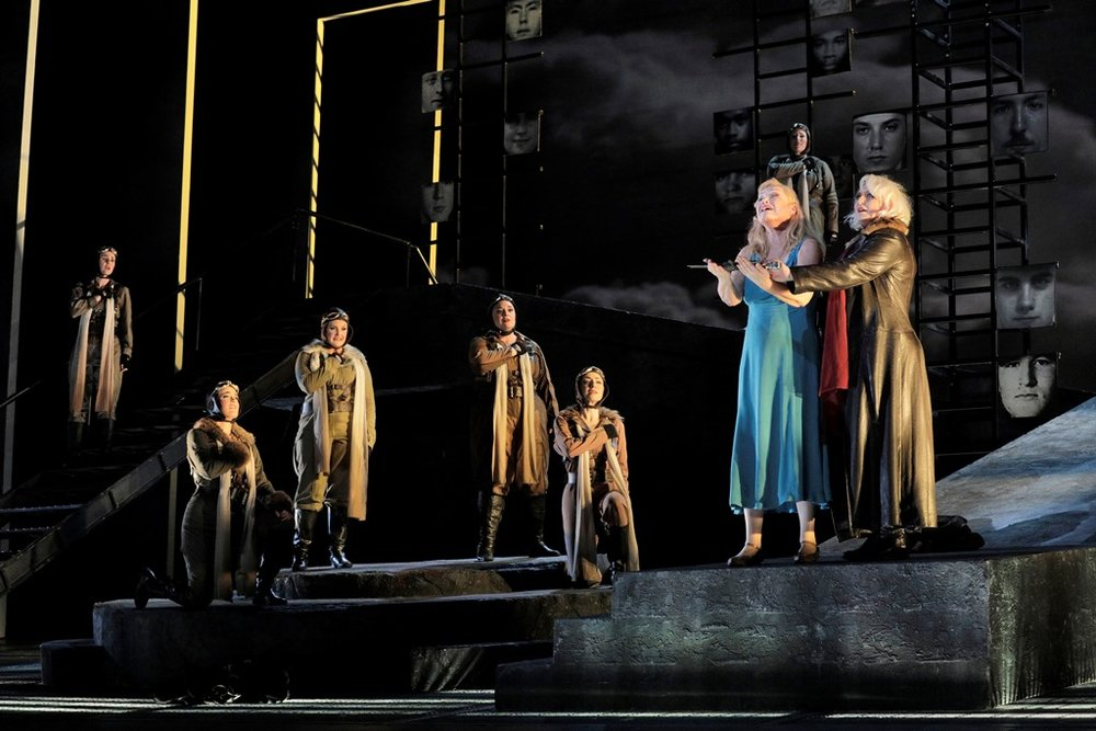 Karita Mattila as Sieglinde and Iréne Theorin as Brünnhilde (far right)