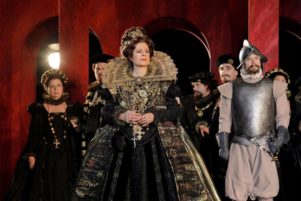 Ana Maria Martinez as Elisabetta