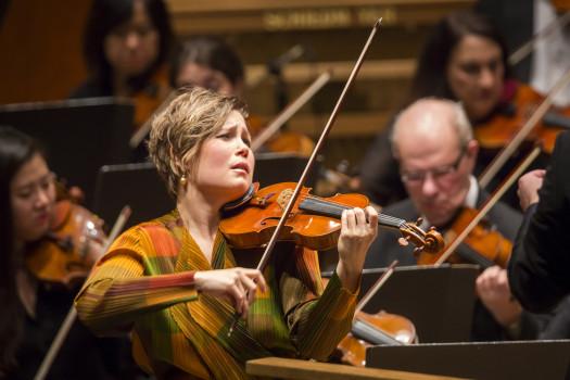Violinist Leila Josefowicz. Photo credit: Chris Lee