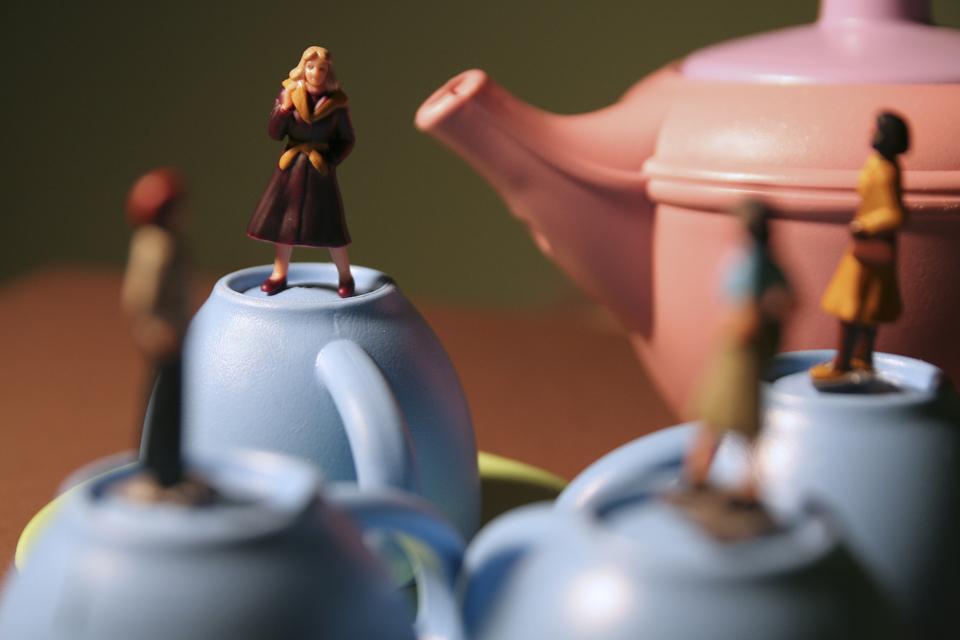 Teacups (Lisa Stahl and Mindy Stricke)