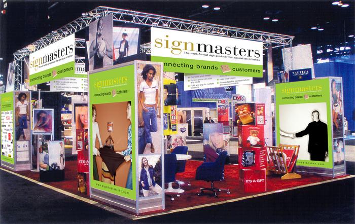 SignMasters-tradeshow_booth.jpg