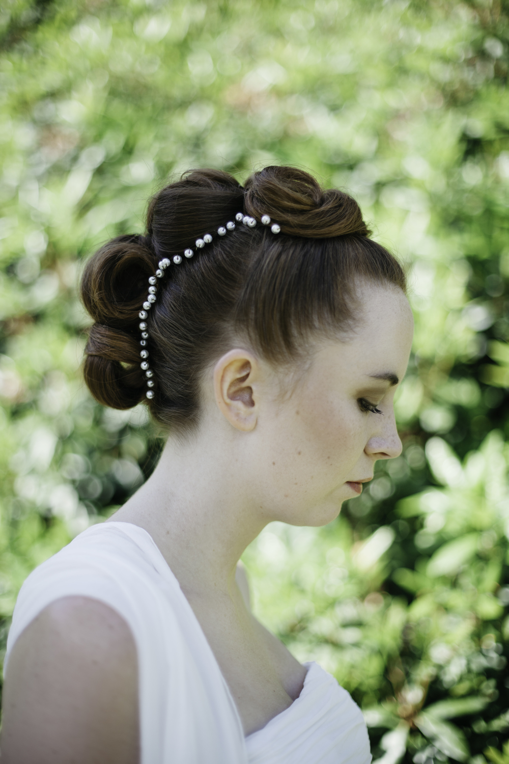 emmabarrow_envybridalhair004.jpg