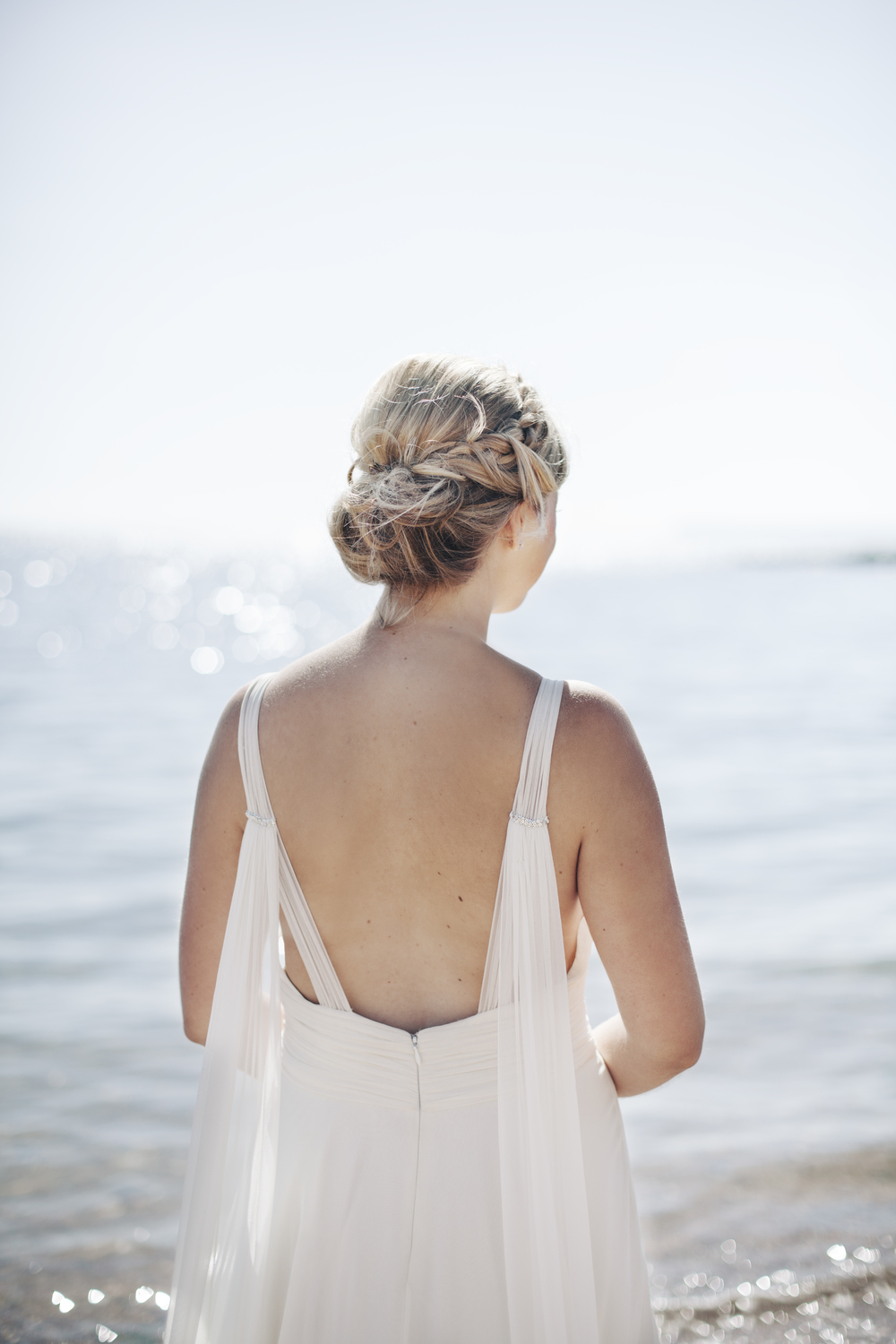 emmabarrow_beachbridal021.jpg