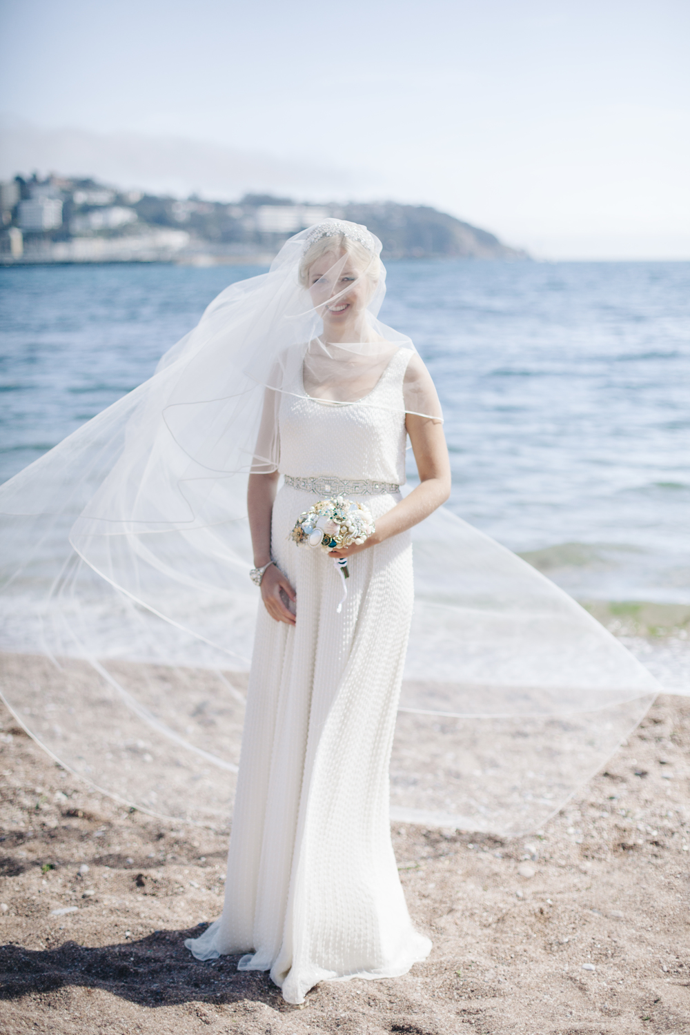 emmabarrow_beachbridal073.jpg