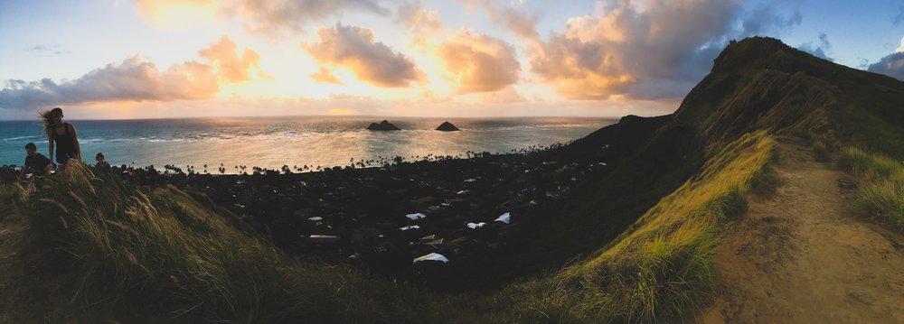 Sunrise Pillbox Hike over Lanikai Beach, Kailua