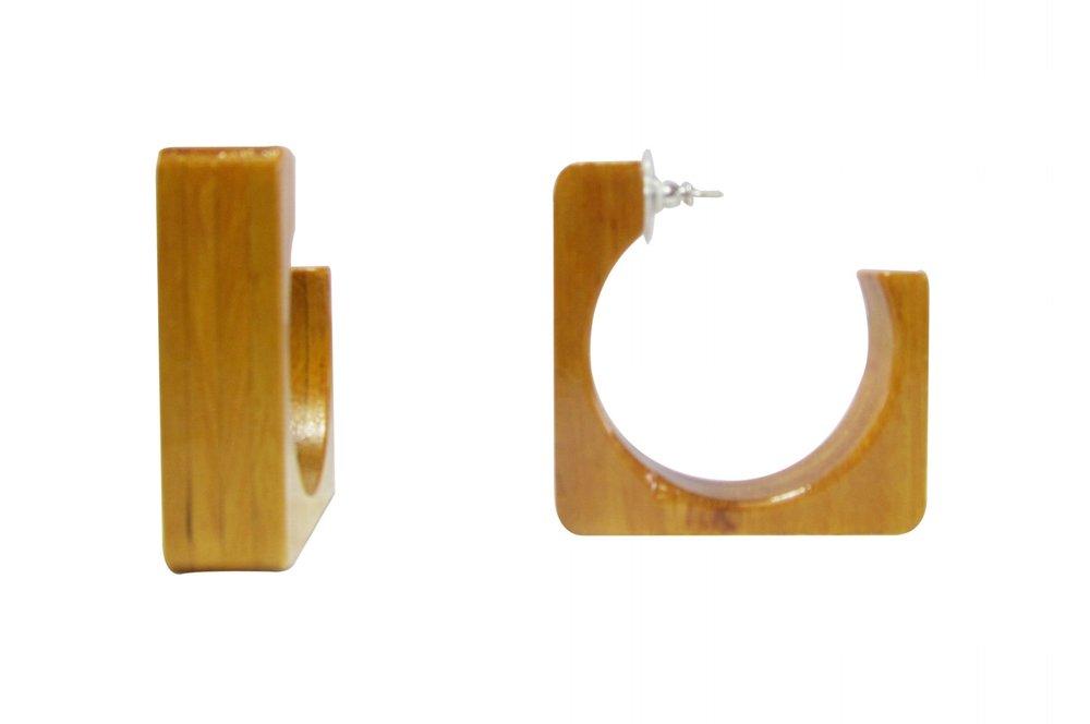 Square Earrings Angle 2.jpg