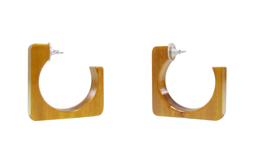 Square Earrings Angle 3.jpg