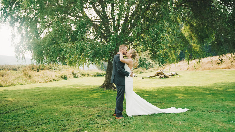 Brittany&Tyler-FireseedCateringWedding-NewlyFilms-6.jpg