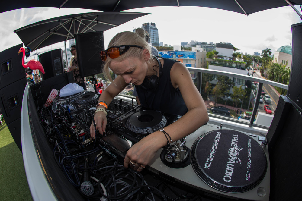 Laura Jones at the Smirnoff Sound Collective Day 4 Party.jpg