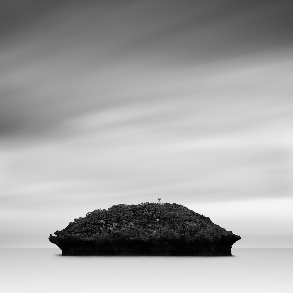 © Josh Haftel