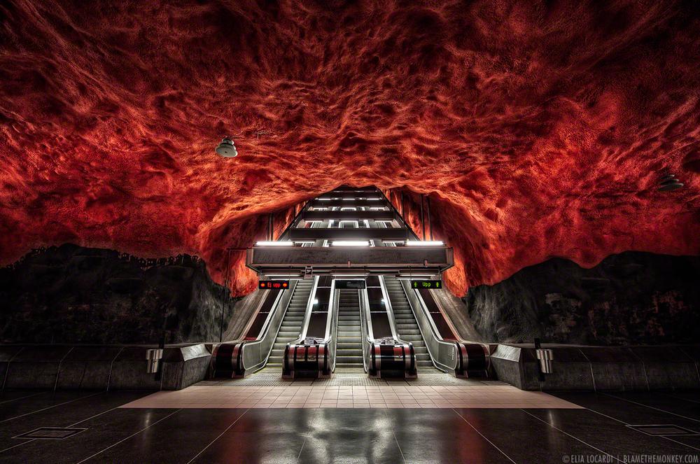 Elia-Locardi-Belly-Of-The-Beast-Stockholm-Sweden-1280-WM-DM.jpg