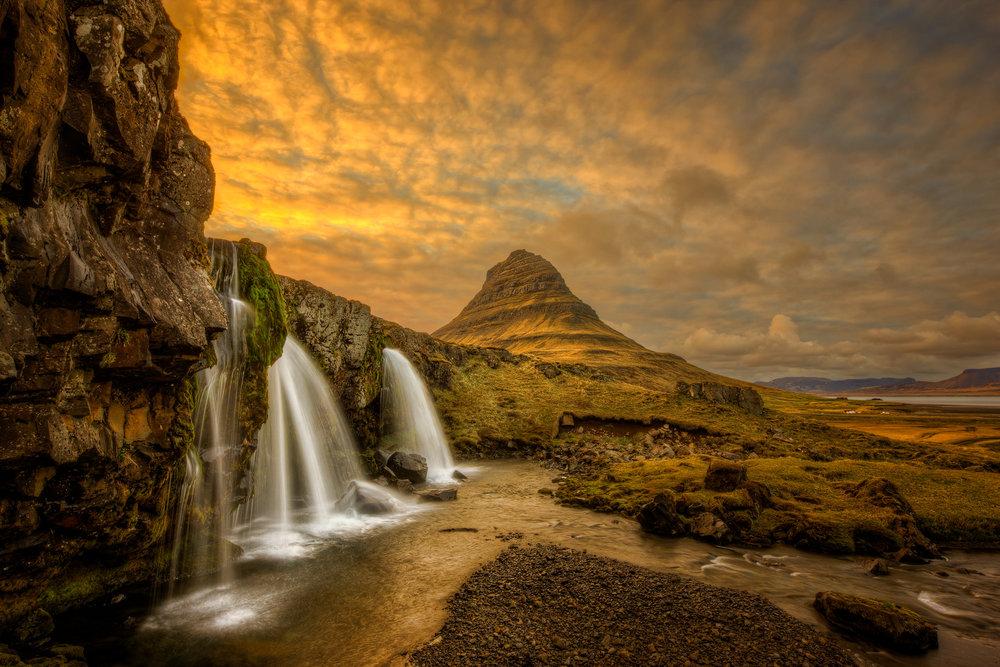 20120517-Iceland-Kirkjufellsfoss.jpg