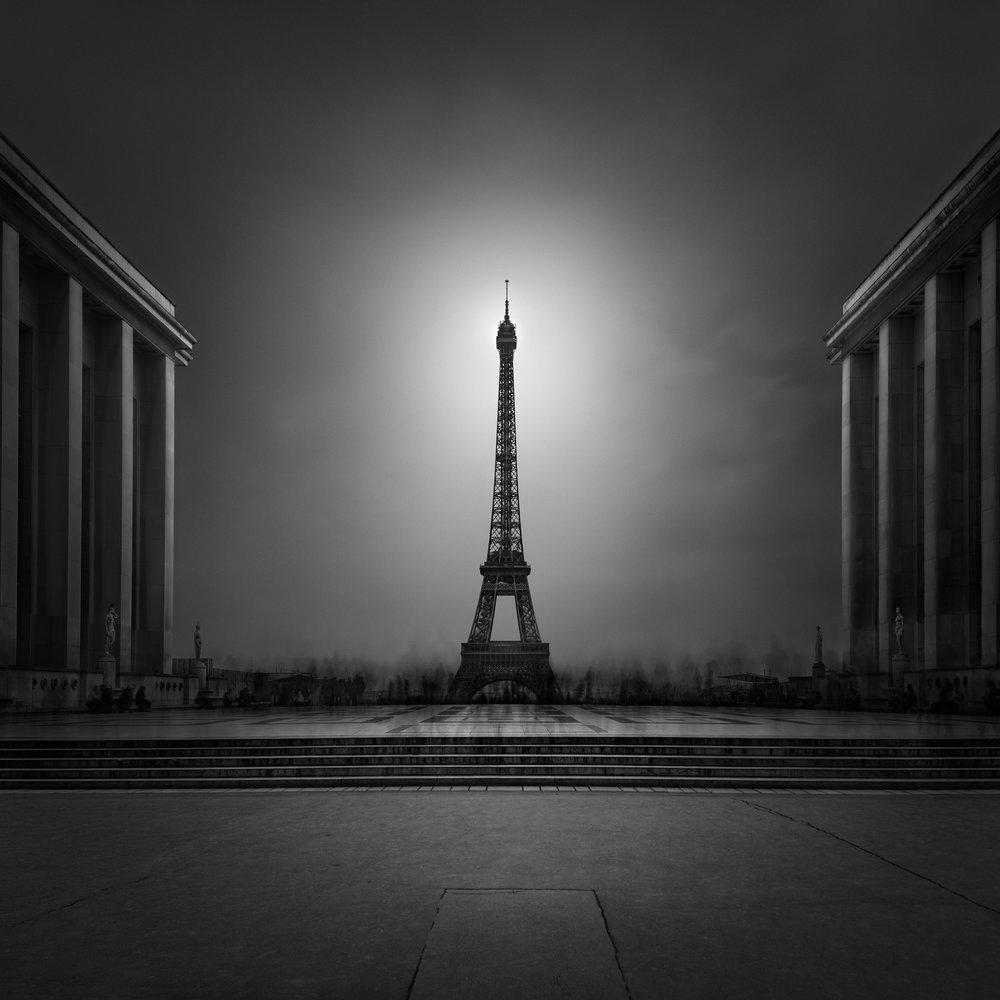Julia Anna Gospodarou_02_Eiffel Tower Paris.jpg