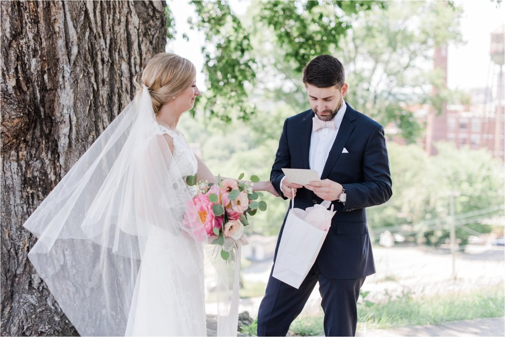 virginia-wedding-photographer-theoverlook-wedding-photo_0033.jpg