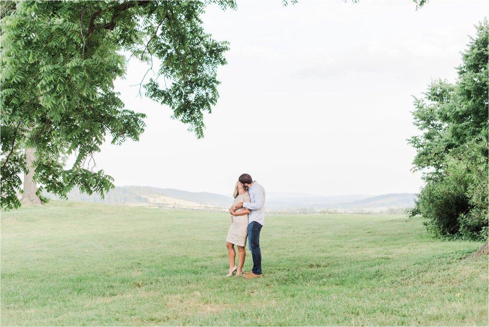 virginia-wedding-photographer-sky-meadows-state-park-engagement-photo_0017.jpg