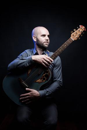 Brendan Guitar Maher Ovation Adamas