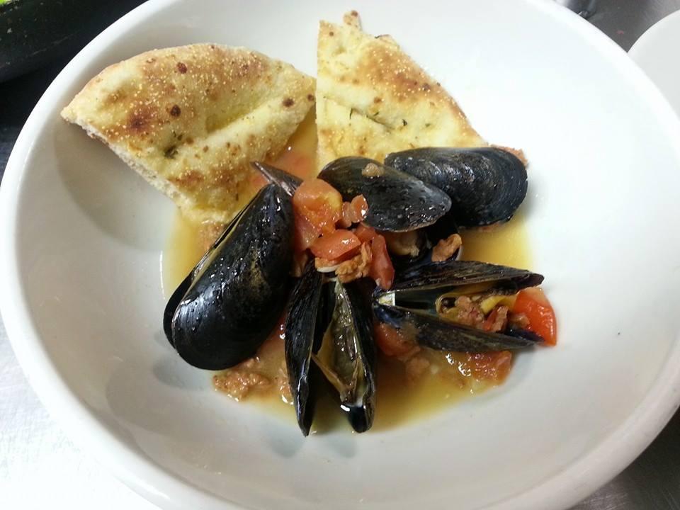 mussel beer dinner.jpg