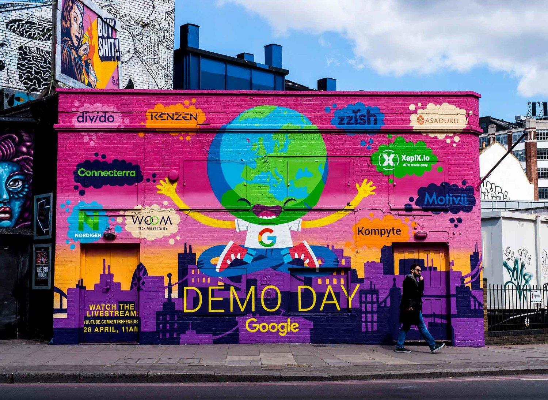 Google themes graffiti - Web Google Demo Day 4 Jpg